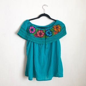Embroidered floral blue peasant top cotton size:S